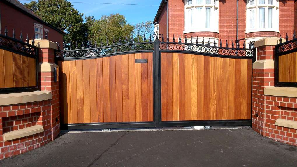 Timber Infill Gates & Railings