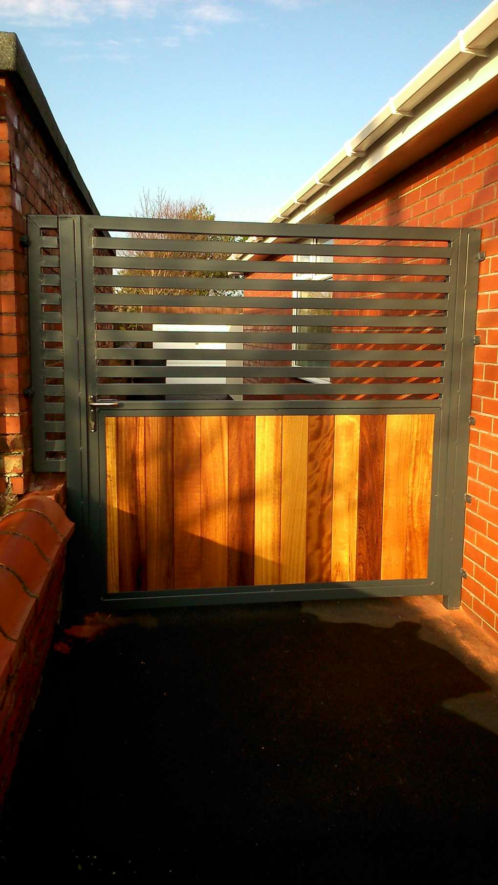 Timber Infill Modern Gate