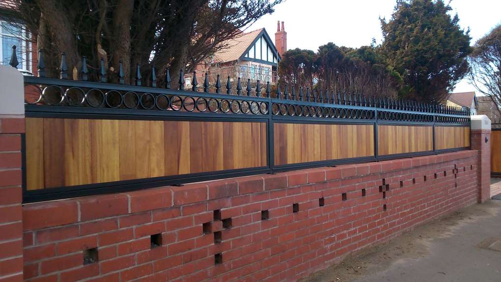 Timber Infill - Wall Top Rails