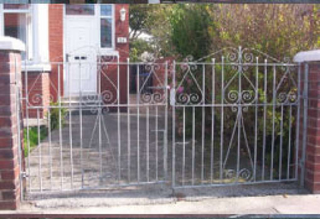 Belgrave 9A Double Gates