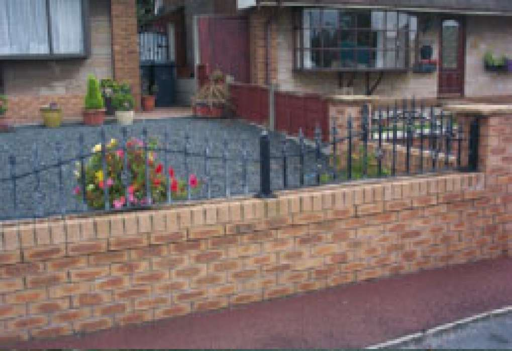 Curved Wall Top Railings